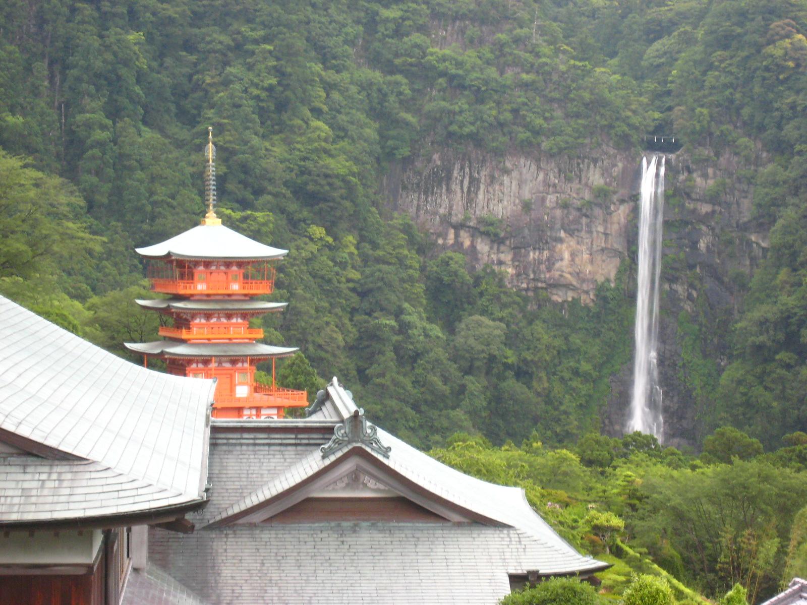 【西国巡礼】Day2-1.那智大滝と三重塔のコラボが美しい♪第1番札所「青岸渡寺」の御朱印