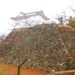 【三重】丹波亀山城と間違えて天守を解体!?「亀山城跡」の御朱印&たぬき俵にぎり