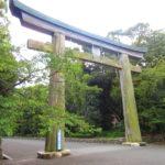 【福岡】日本屈指の巨大木製鳥居が目を引く「福岡縣護国神社」の御朱印